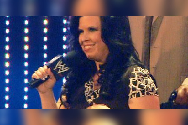 Vickie Guerrero Cougar Necklace WWE: 3 Future On-Scree...