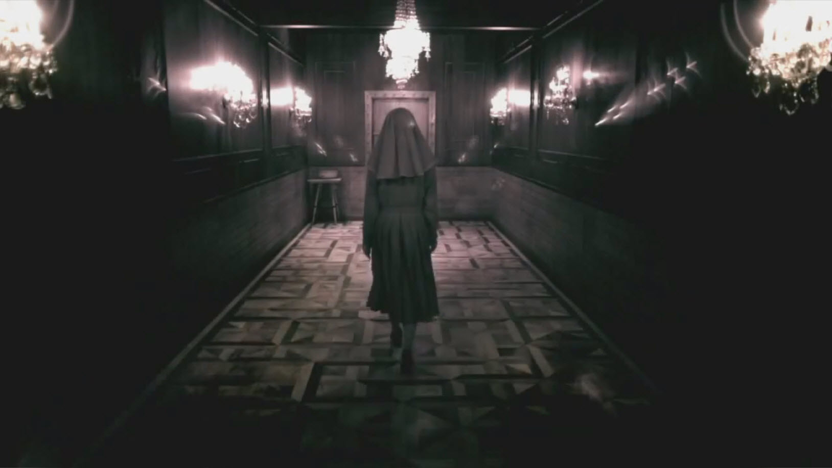 nun-goes-to-asylum-door-in-american-horror-story-images-22