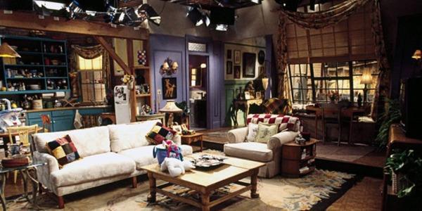 Friends.TV_Show.Monica_Apartment_Set.01