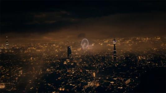 Skins Pure London Skyline