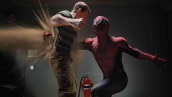 10 Memorable Punch Scenes In Comic Book Movies
