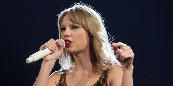 http://commons.wikimedia.org/wiki/File:Taylor_Swift_(6966829965).jpg