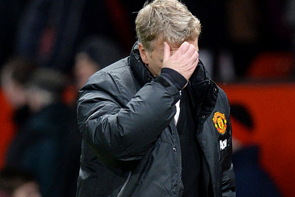 LIES! Rumours spread that Man United will sack David Moyes if they lose to Arsenal & reappoint Sir Alex