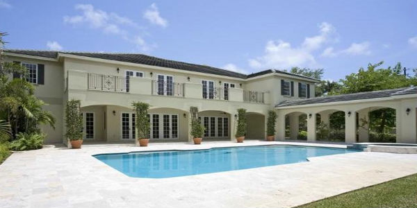 Wwe 10 mansions where wrestling 39 s biggest superstars live for Biggest house in miami