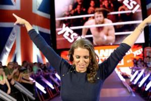 Stephanie Mcmahon Daniel Bryan Uk Raw