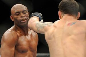 Chris Weidman Knocks Out Anderson Silva