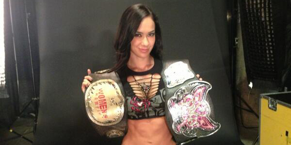 Pro-Wrestling OUTSIDER!: TOP 10: THE SEXIEST WWE DIVAS OF