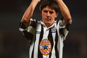 Peter Beardsley Newcastle Applause
