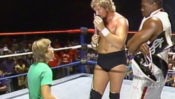 10 Secret Debuts Of Famous Wrestlers