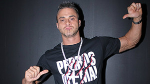 Teddy Hart Arrested, Charged With Strangling ROH Wrestler Maria Manic