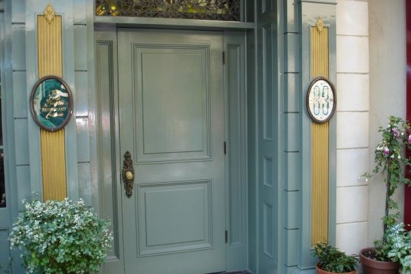 Disneyland Club 33 Door