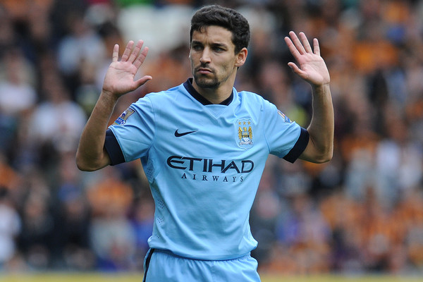 Newcastle make offer via agent to Jesus Navas - Report