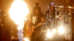 Slash performs during the 2014 MTV Europe Music Awards at The SSE Hydro, Glasgow, Scotland.