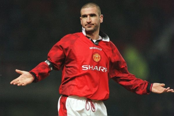 Eric Cantona, Manchester United gives a gaulic shrug of the shoulders