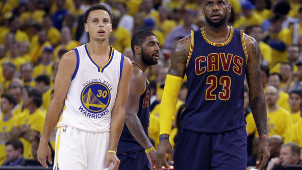 Featured, Features, Lists, LeBron James, Steph Curry, Cleveland Cavaliers, Golden State Warriors, Golden State Warriors guard Stephen Curry (30) and Cleveland Cavaliers forward LeBron James (23) walk on the floor during the second half of Game 1 of basket