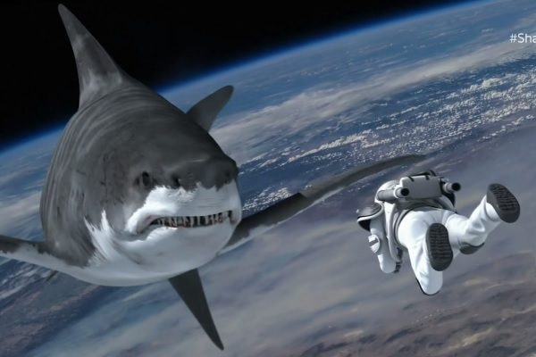 Murdercycles Evel Has Jumped The Shark: 33 WTF Moments From Sharknado 3: Oh Hell No