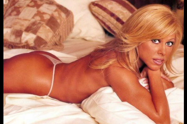 10 Most hot WWE Stars