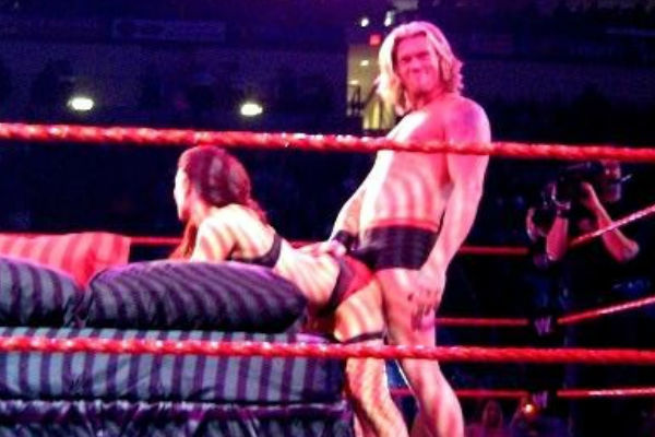 Naked edge the wrestler