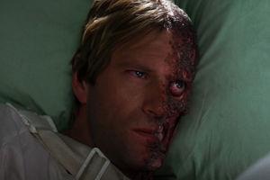 The Dark Knight Two Face Harvey Dent Aaron Eckhart