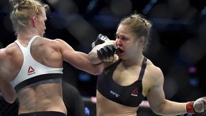 10 Times UFC Fighters Won In Defeat