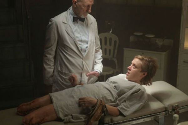 13 WTF Moments From American Horror Story: Asylum – Page 10