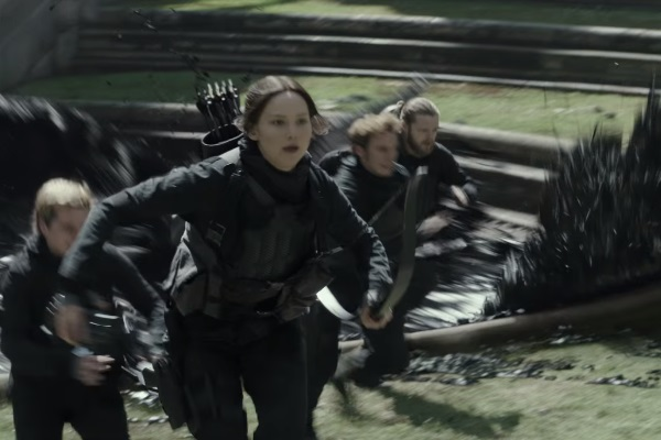37 WTF Moments From The Hunger Games Movies - Page 5