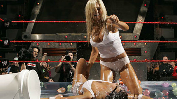 10 WWE Divas Who Posed Naked - Page 4