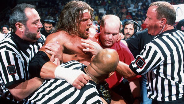 10 Injuries That Changed WWE History – Page 8