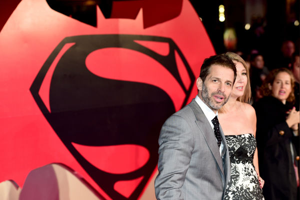 Sources Say ZACK and DEBORAH SNYDER'S Future With DCEU In Doubt