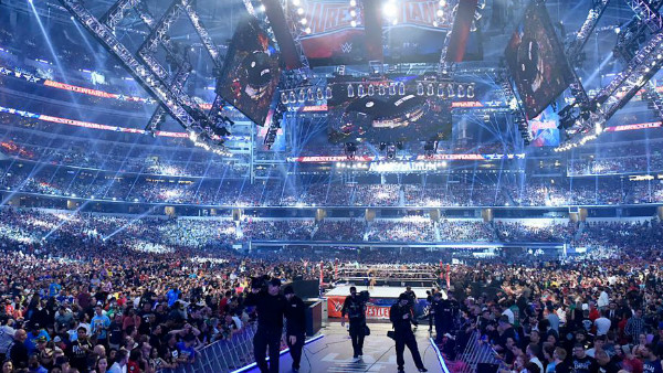 WrestleMania 32 Crowd