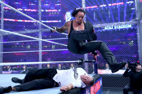 8 Reasons Shane Mcmahon Vs The Undertaker Just Didn T Work