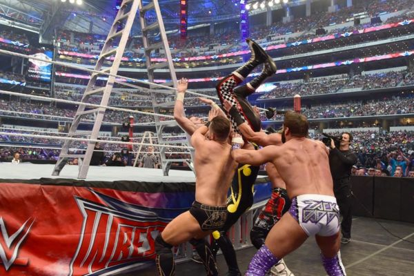 Sami Zayn ladder dive wrestlemania