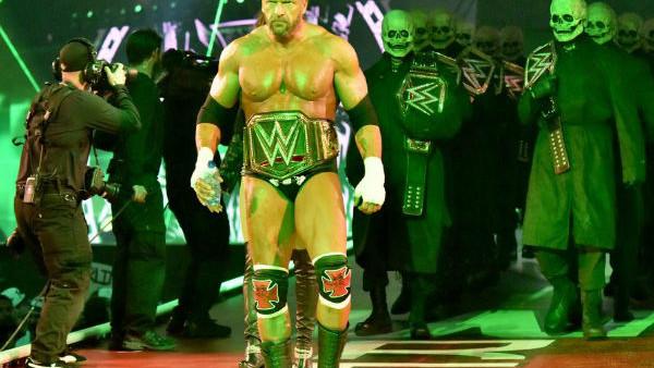 triple h wwe champion wrestlemania entrance.jpg