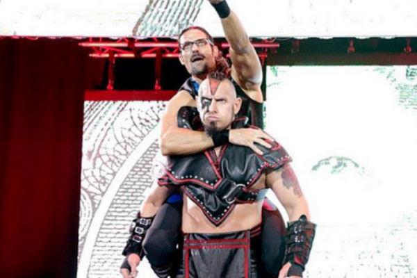 Два рестлера WWE отстранены