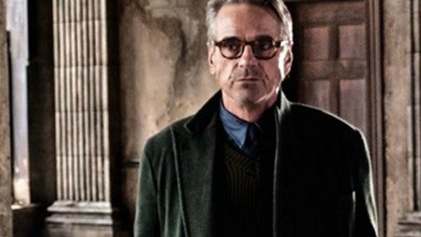 Jeremy Irons Alfred