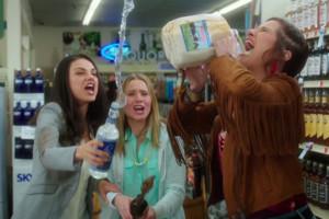 Bad Moms Mila Kunis Kristen Bell.jpg