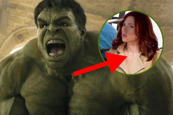 Black Widow Hulk Necklace