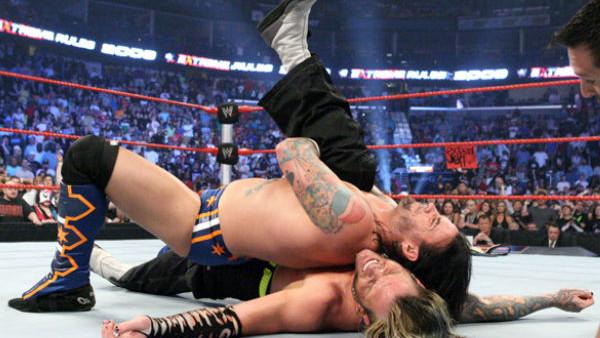 Uno de los canjeos que derivó en una gran rivalidad, la de Jeff Hardy y CM Punk.