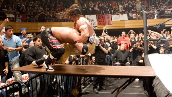 10 Relatively Unheralded Matches Worth A WWE Network Revisit – Page 6