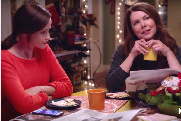 'Gilmore Girls' Trailer: Lorelai Wants to Befriend Amy Schumer
