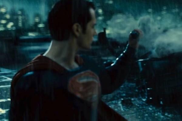 Batman V Superman Grenade Catch