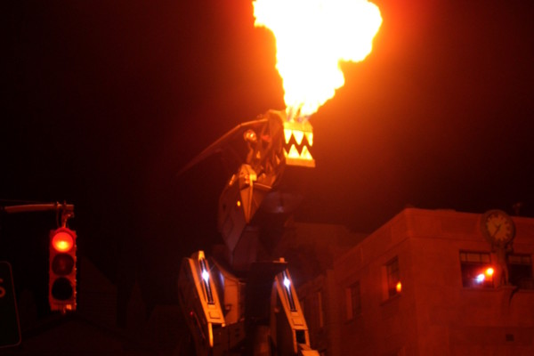 Universal Studios Halloween Horror Nights Robosaurus