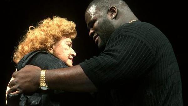 Mae Young Mark Henry Royal Rumble 2000