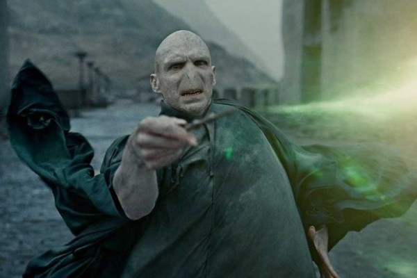 Harry potter 15 most powerful wizards in the wizarding for Strongest wand in harry potter