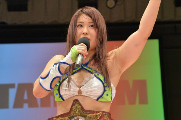 Io Shirai accepts offer to join WWE