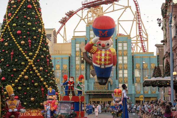 5 Reasons To Spend Christmas 2018 At Universal Orlando Resort