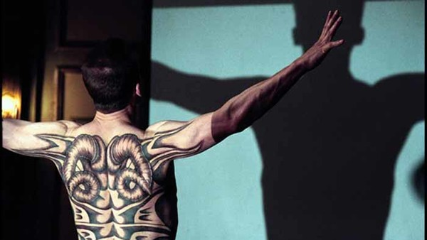 20 Famous Movie Tattoos (And What They Actually Mean)