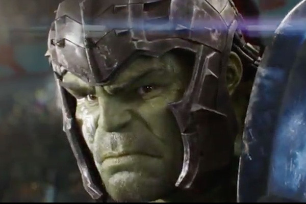 Thor: Ragnarok Trailer - Thor (Minus Hammer And Hair) Vs Hulk. And Loki?