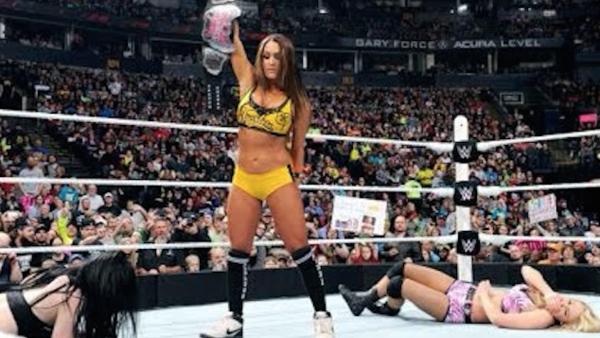 Paige Nikki Bella Emma