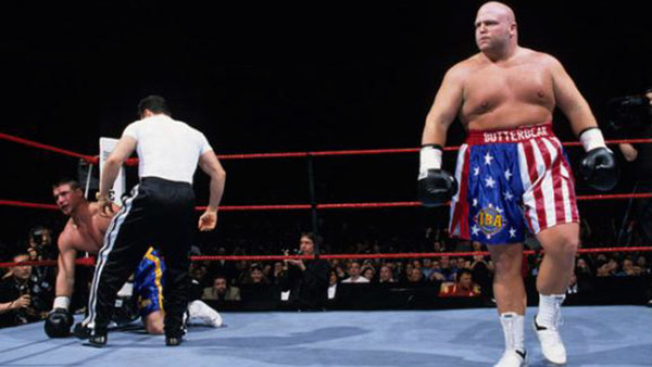 10 Memorably Punishing WWE Matches – Page 5